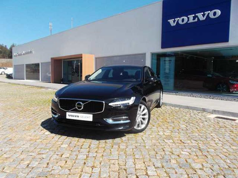 Volvo S90 T8 390cv PHEV Momentum AWD Geartronic 8 Vel.
